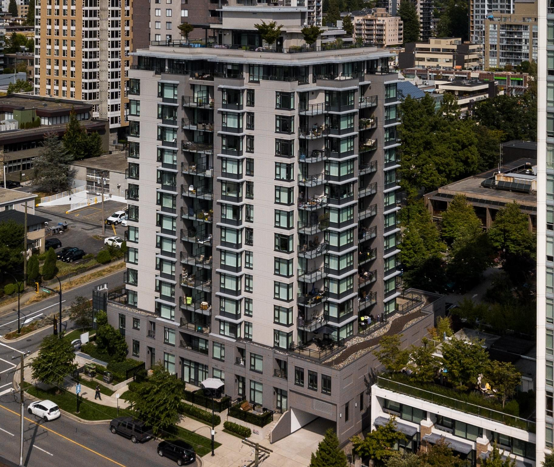 Bridgewater, 175 14th st. West North vancouver Drone2.min